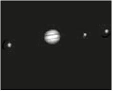 Abb. 22: Jupiter mit drei Monden, fotografiert mit einem Einsteigerteleskop)