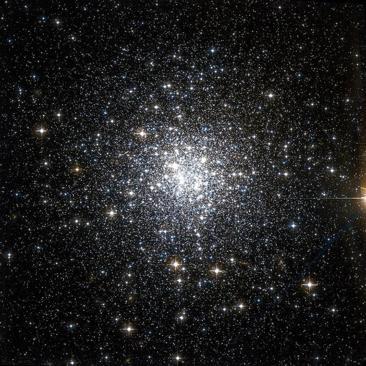 NGC 6934 - HST Bild