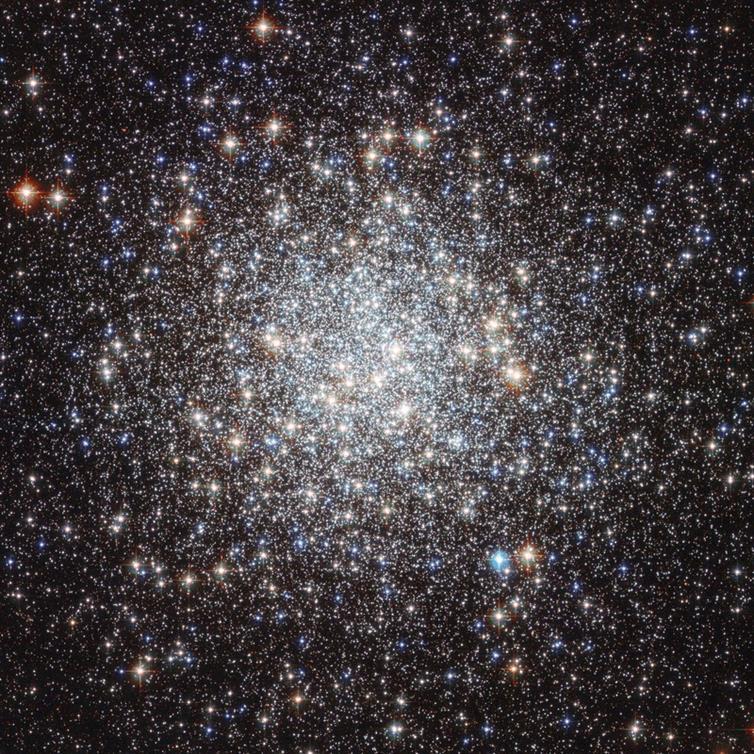 M9, wesentlich eindrucksvoller als durch Amateurteleskope